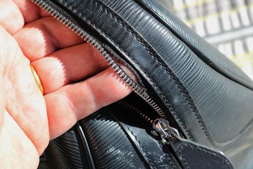 ブランドバッグ・財布