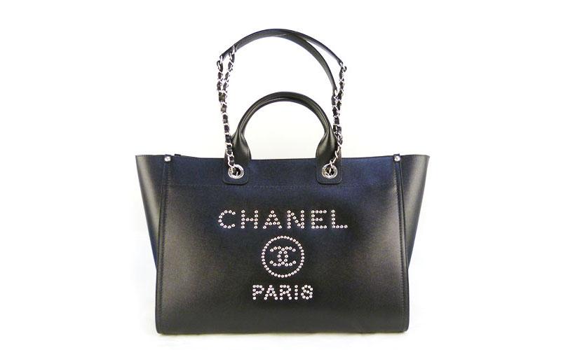 CHANEL(シャネル) ドーヴィル スタッズ ラージショッピングバッグ