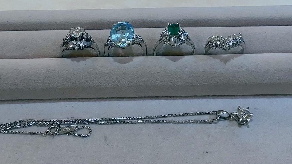 【買取速報】アクアマリン、エメラルド、ダイヤモンド、ペンダント、指輪、PT850、PT900-2021-08-27