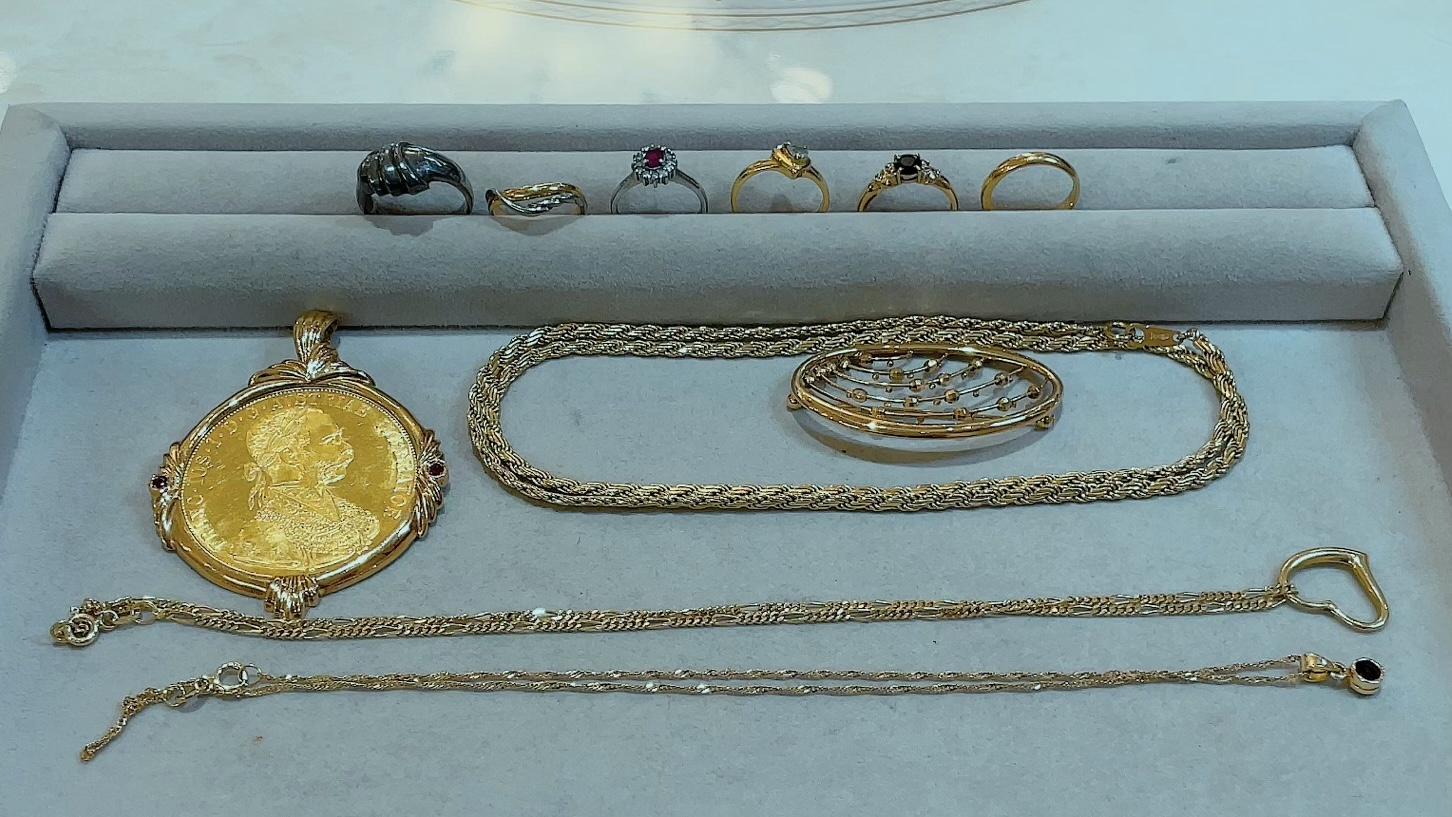 【買取速報】アクアマリン、サファイヤ、ダイヤモンド、ルビー、ネックレス、ブローチ、ペンダント-2021-09-12