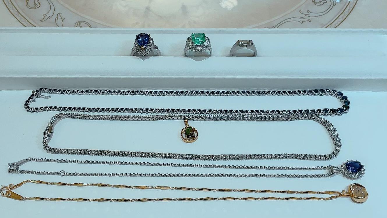 【買取速報】エメラルド、サファイヤ、タンザナイト、ダイヤモンド、チョーカー、ネックレス、ペン-2021-10-02