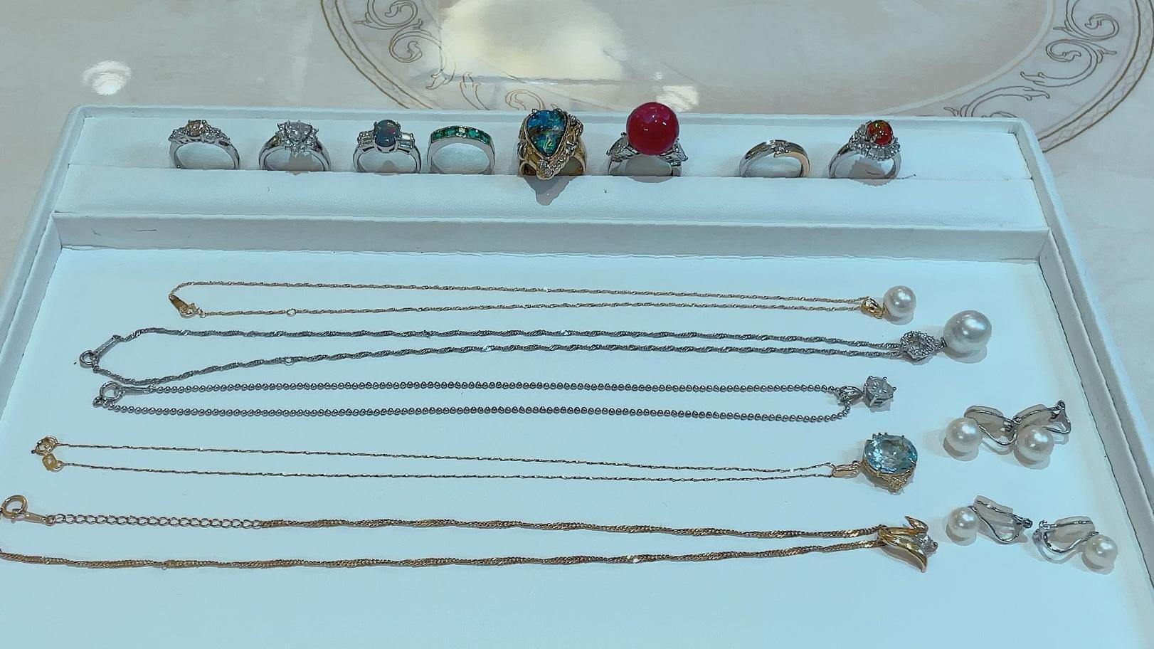 【買取速報】エメラルド、オパール、ダイヤモンド、パール、ブラックオパール、ボルダーオパール、-2021-10-08